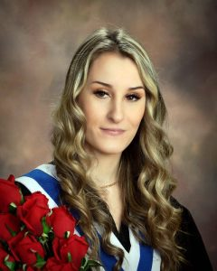 2020 Hannah Horsman - $5,000 Chemainus Health Care Auxiliary Recipient